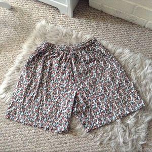 ❤️3/15  Vintage Hunt Club Woman Floral Shorts 1X